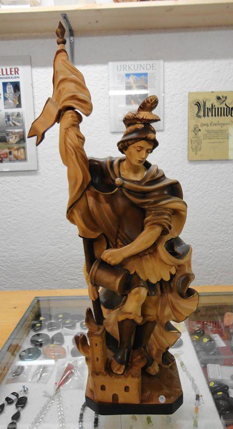 Hl. Florian  3fach gebeizt  36cm hoch  VP €399,-